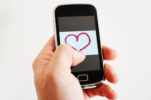 11 Ways to Avoid Online Dating Disasters